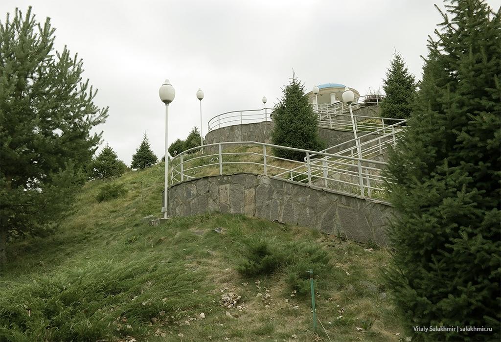 Обзорное место в Парке Первого Президента, Алматы 2019