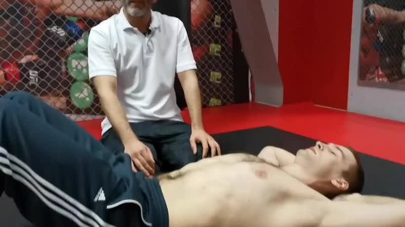 Болит шея и поясница после упражнений на пресс Все дело в технике
