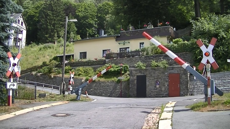 Spoorwegovergang Annaberg-Buchholz (D) Railroad crossing Bahnübergang