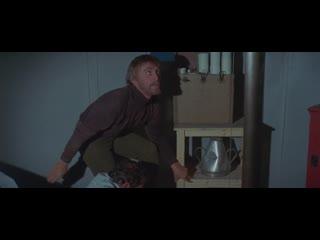 Маяк на краю света / Опасный свет на краю земли / The Light at the Edge of the World (1971) Кевин Билингтон (Жюль Верн)