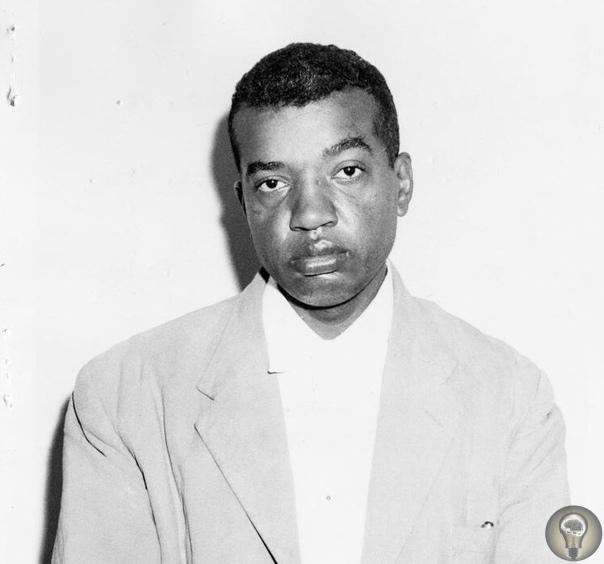 В 1958 году Кленнон Кигг, подавший документы в Университет штата Миссисипи, был насильственно помещен в сумасшедший дом