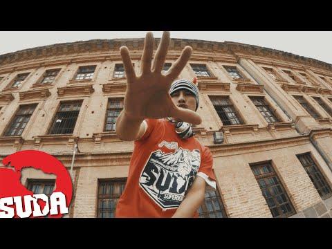 Suda q Suda - Disfraz ft. La Nota Pro - Video Oficial