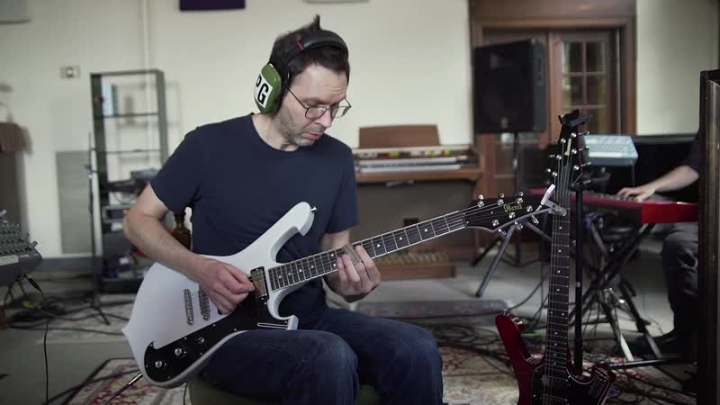 Paul Gilbert - I Own A Building (Behold Electric Guitar)