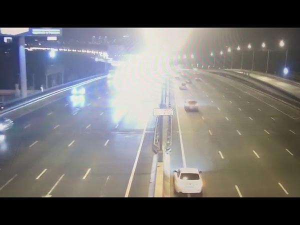 Дтп 82 км МКАД такси врезался в эвакуатор