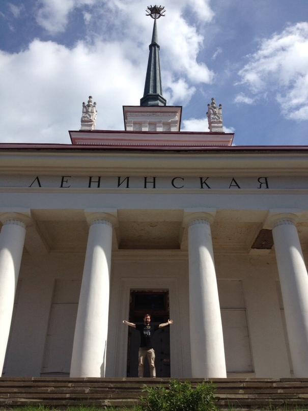 Арсений Молчанов: Время бить вторую татуху в аутентичном месте!