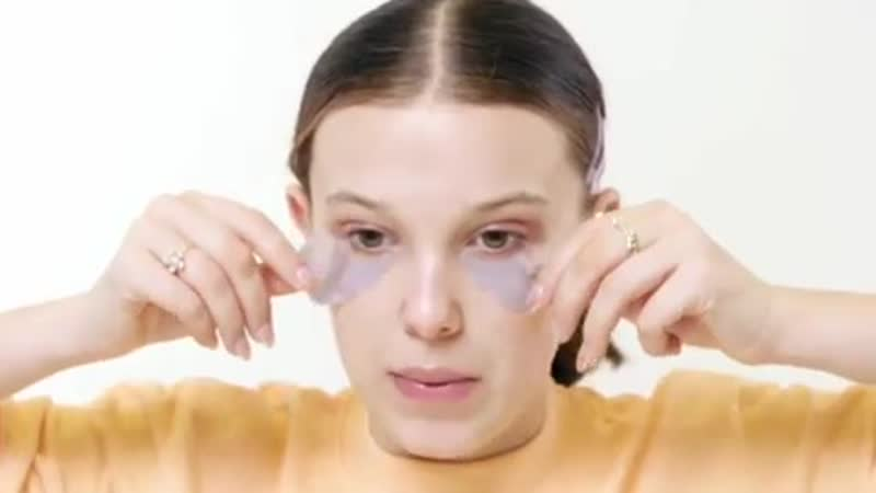 Meet the swimming under the eyes gel pads Florence by Mills