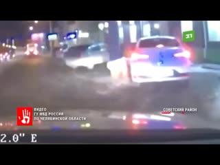 Накинул шнурок на шею. Подросток напал на таксиста в Коркино. И на краденой машине приехал в Челябинск