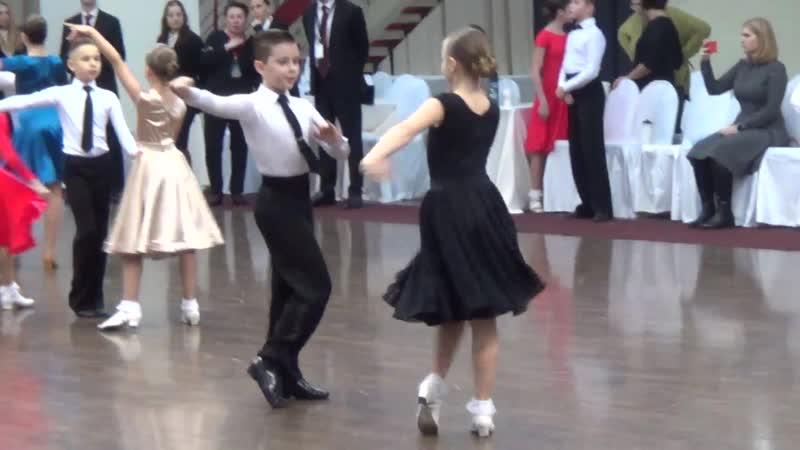 1 8 финала 6 танцев сокращённое двоеборье 21 12 2019 год