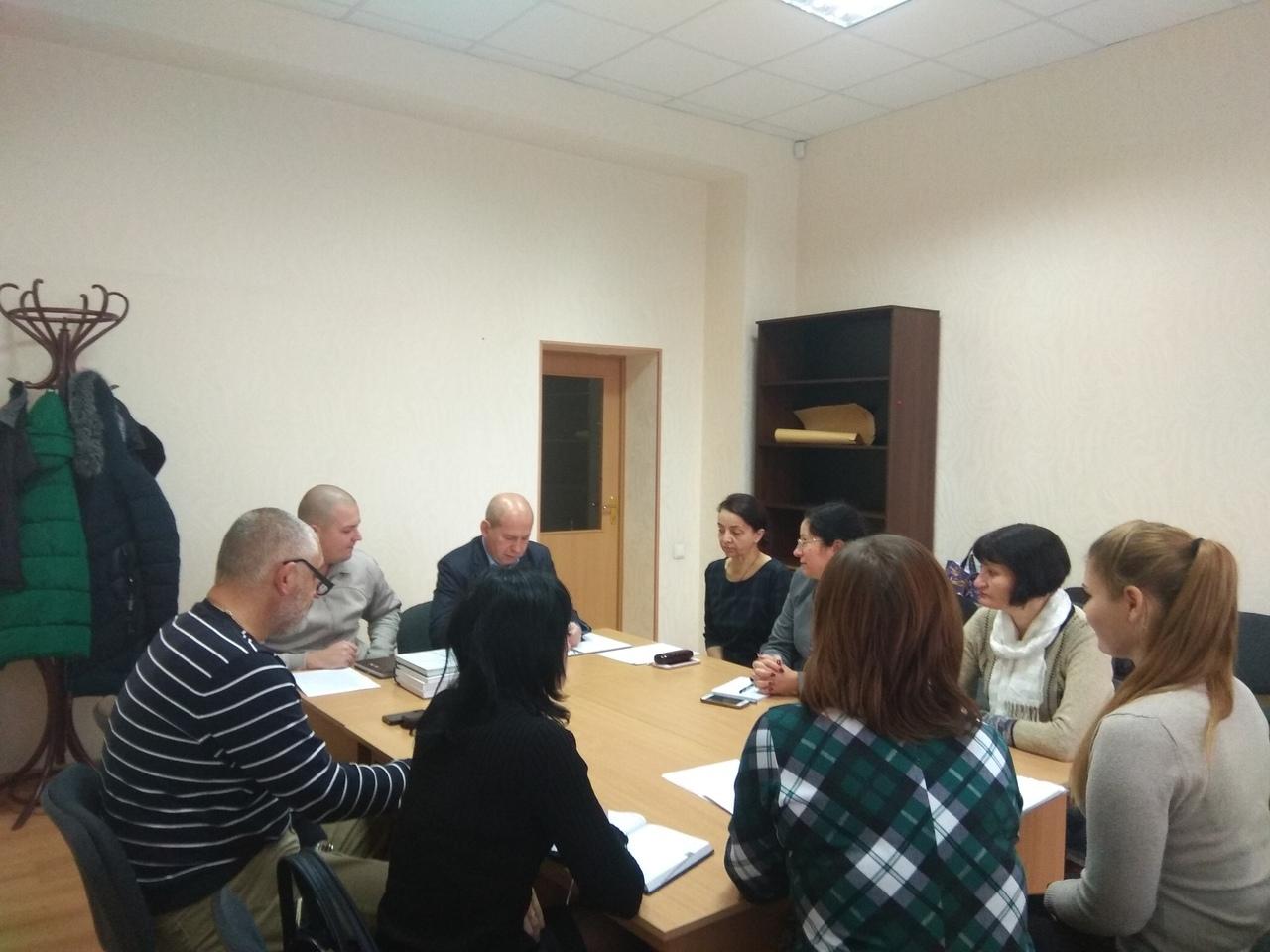 Специалисты Донецкого городского управления юстиции провели семинары с представителями местных администраций