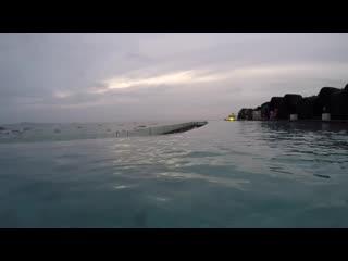 Mia lasswell vlog swimming in pool at hilton hotel pattaya underwater