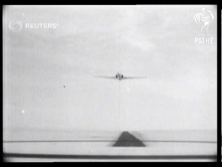 American jet sets new air speed record (1947)