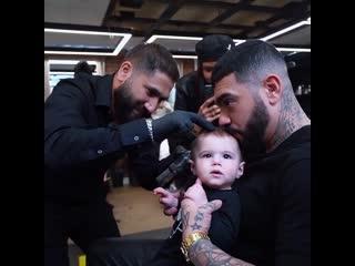 Тимати сходил с сыном в парикмахерскую