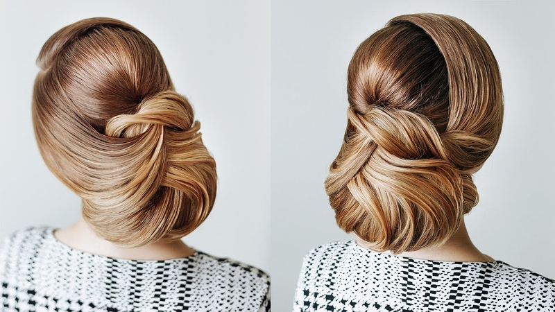Cute low quick bun Last minute Cristmas party hairstyle