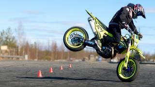 Juha Ruokolainen Supermoto Practise - StuntFreaksTeam