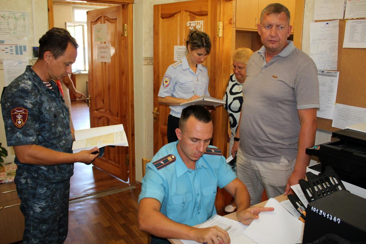 Школы Севастополя под контролем Росгвардии