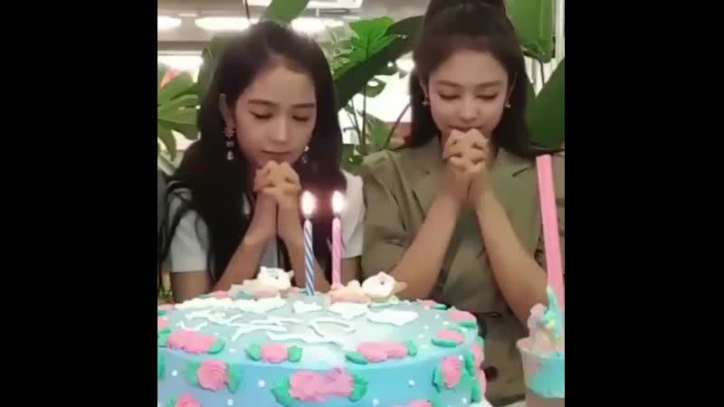 Nothing just jensoo being in sync