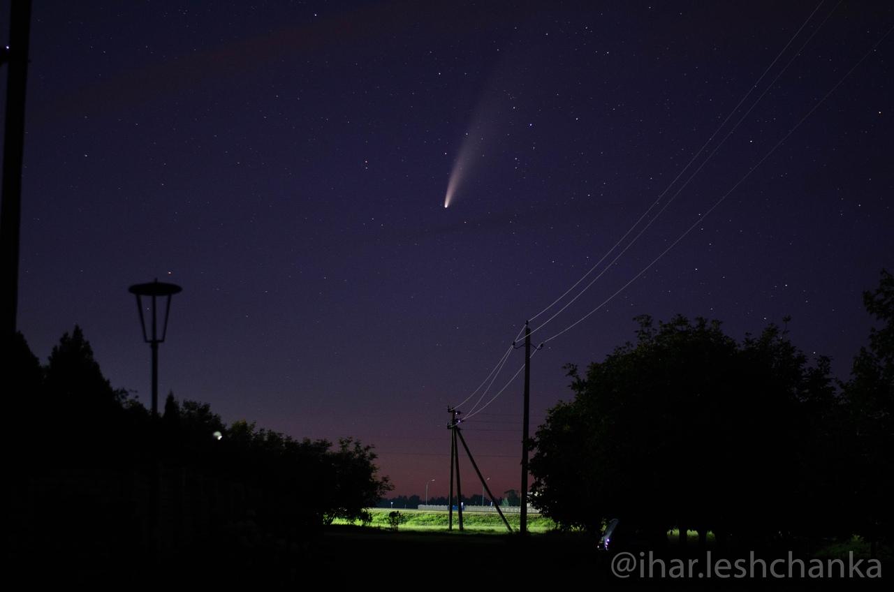 Гость из дальнего космоса, комета C/2020 F3 NEOWISE видна с окраин Бреста