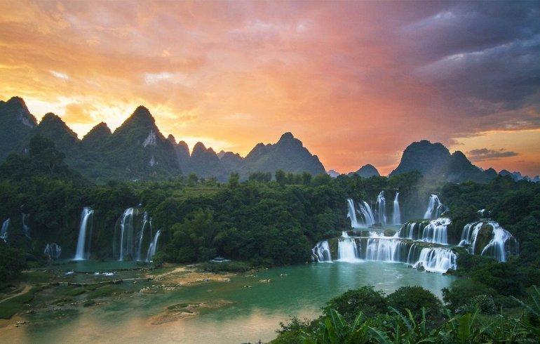 Интересные места нашей планеты Водопад Дэтянь (Вьетнам), изображение №4