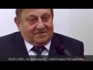 🔥ПРИЗНАНИЕ бывшего АСТРОНАВТА, ЧТО ЗЕМЛЯ ПЛОСКАЯ❗❗❗  First Polish Astronaut Admits The Earth Is Flat