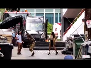 Candice Patton, Carlos Valdes and Tom Cavanagh at #TheFlash set in Vancouver day 08_01