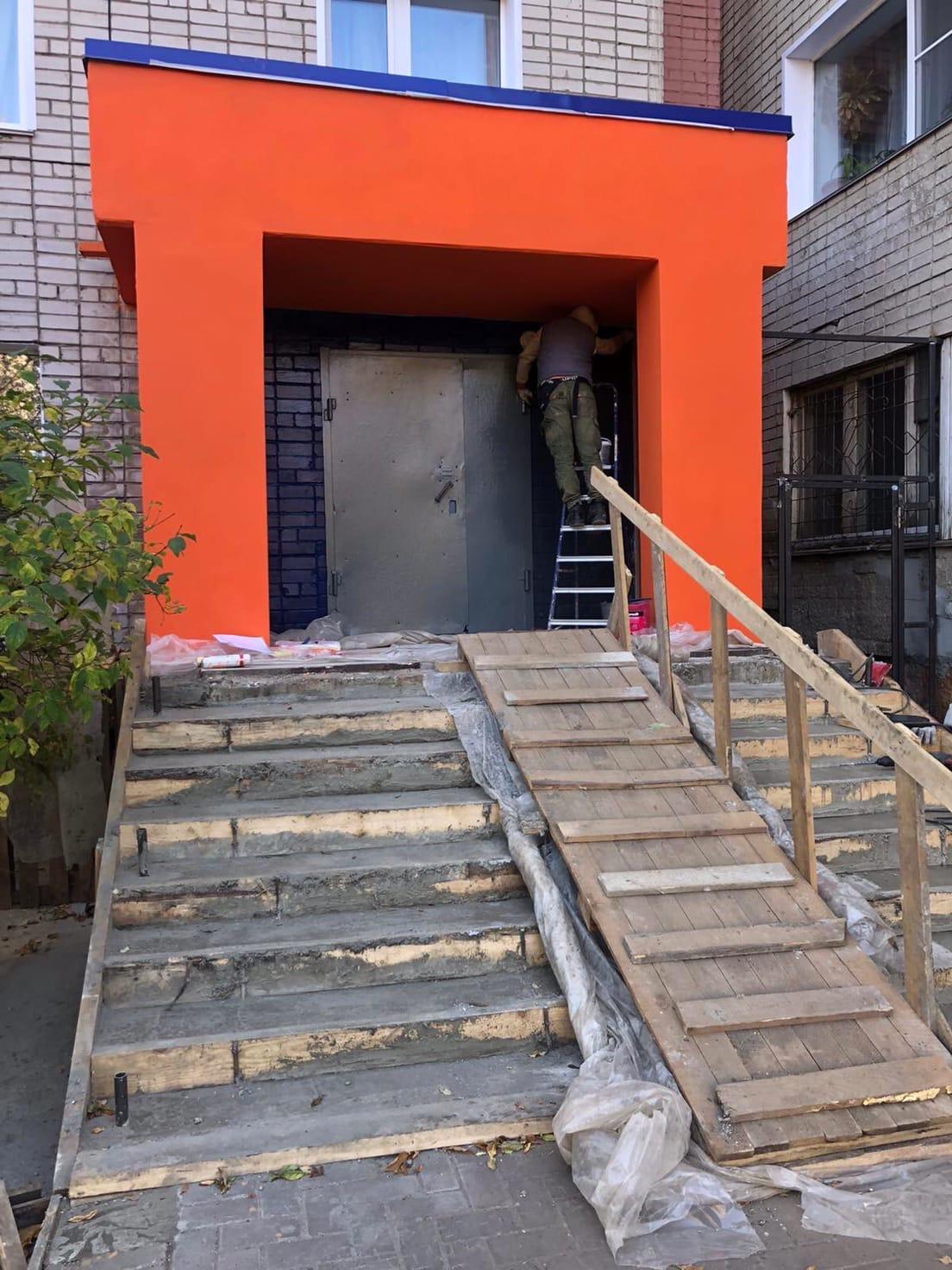 Улица Чехова дом 8 продолжение декоративного ремонта