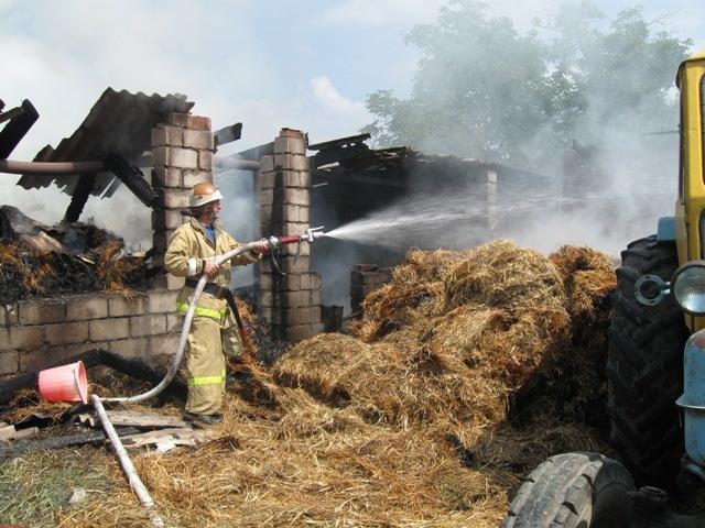 Коровы и сено сгорели в КЧР