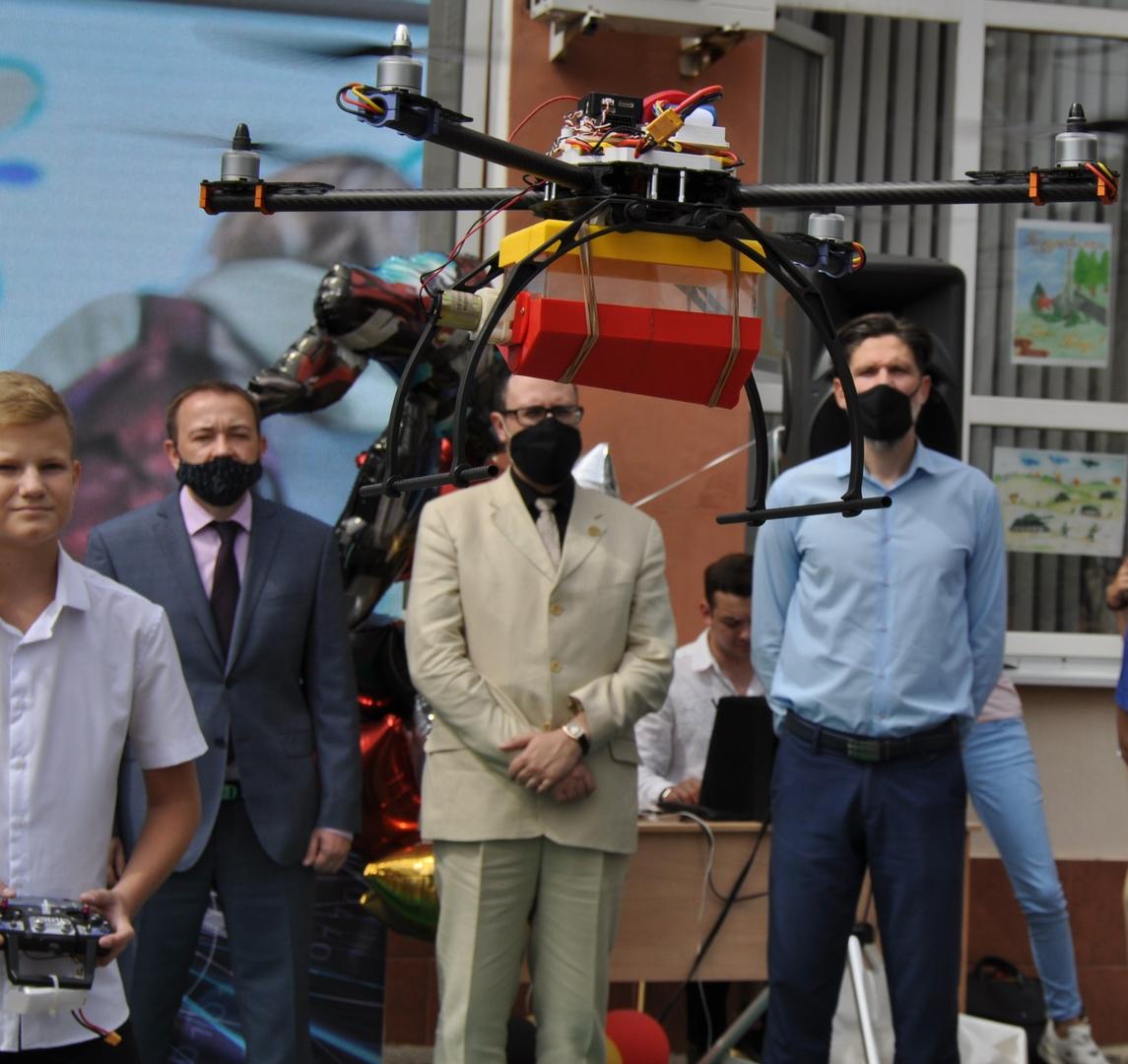28 августа под Таганрогом прошло открытие мобильного технопарка «Кванториум»