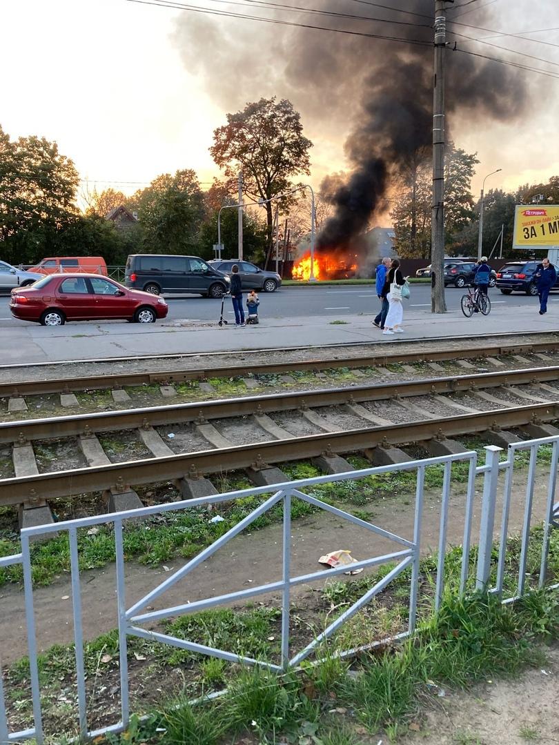 На Выборгском шоссе сгорел Газель
