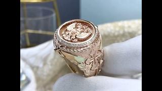 Мужское кольцо-печатка на заказ из золота 585 пробы с гербом России, бриллиантами и крестом🙏🏻