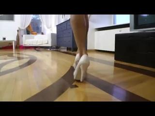 Новое русское порно с молодой красавицей Ирина Бруни.mp4
