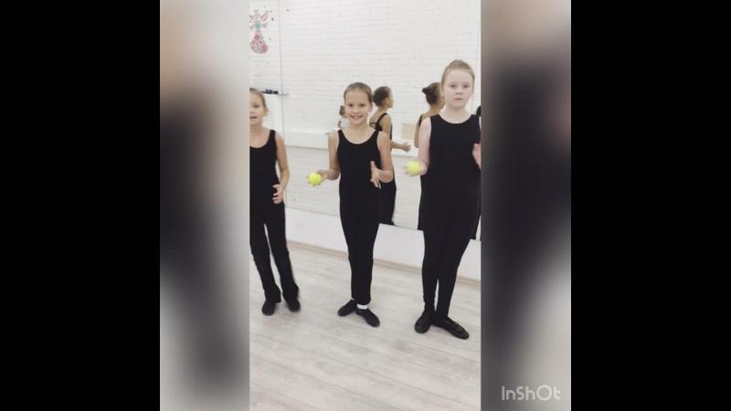 Видео от ШКОЛА МАЖОРЕТОК ***ART*FLY***
