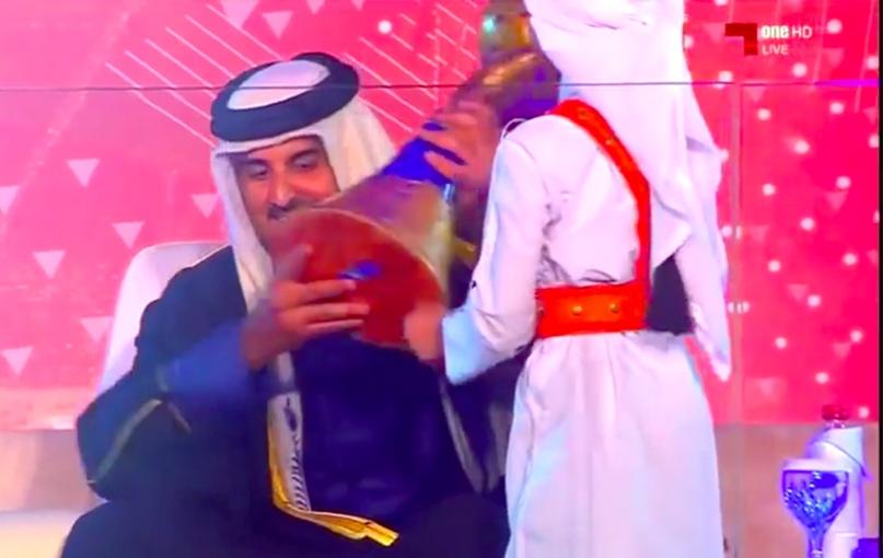 ЧМ-2021. Золотая длань египтянина стоимостью почти в миллион евро, выложенных катарскими шейхами, изображение №9