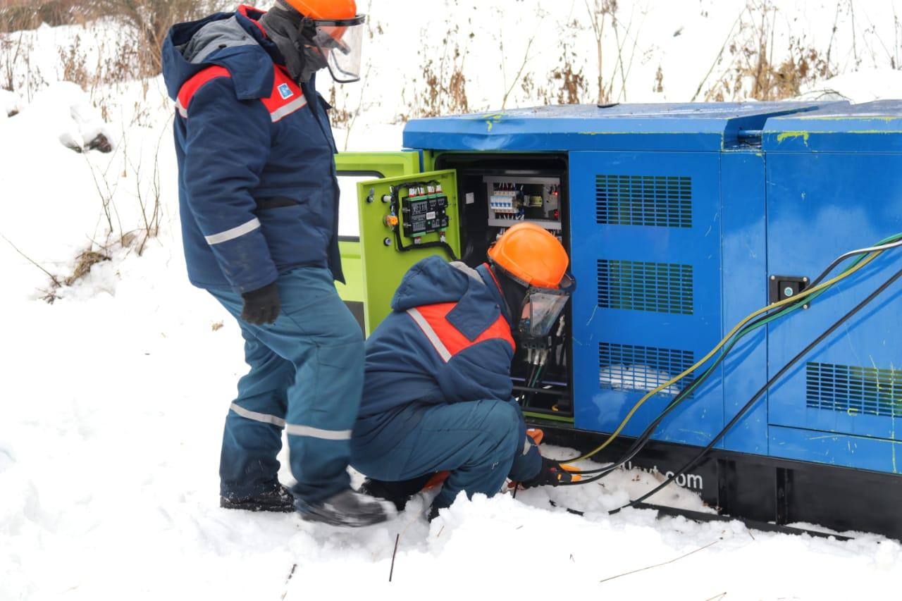 Жители одного из поселков Бежецкого района поблагодарили энергетиков «Россети Центр» за своевременную помощь