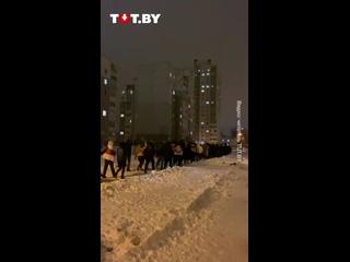 Жители района Минск-Южный вышли на акцию солидарности вечером 17 февраля (1)