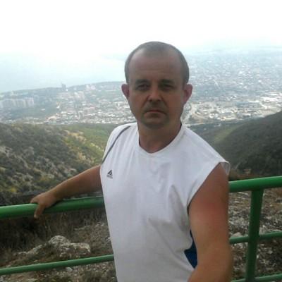 Evgeniy, 46, Vokhtoga