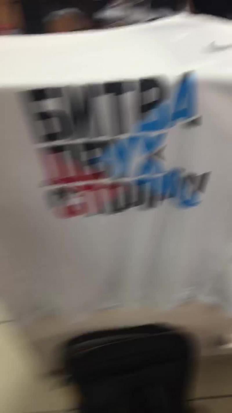 Розыгрыш беговой футболки Nike