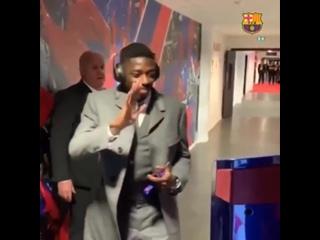 «Барселона» и «Лион» устроили юному фанату виртуальную встречу с игроками