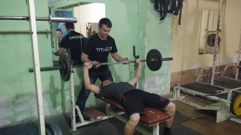 65кг 13 повт и с. вес 57 кг БУРЛАК СЕРГЕЙ с. КИЦКАНЫ 17 ЛЕТ( к чертовой дюжине ))