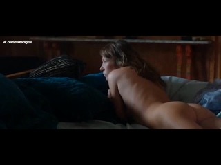 Laura Smet Nude - Tiens Toi Droite (2014) Watch Online / Лаура Смет - Держись прямо