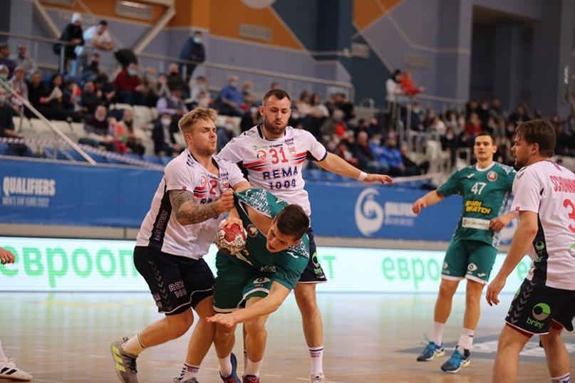 Курс на Египет. Белорусы сильнее норвежцев в матче евроотбора. Шанс пройти в распахнутые двери, изображение №3