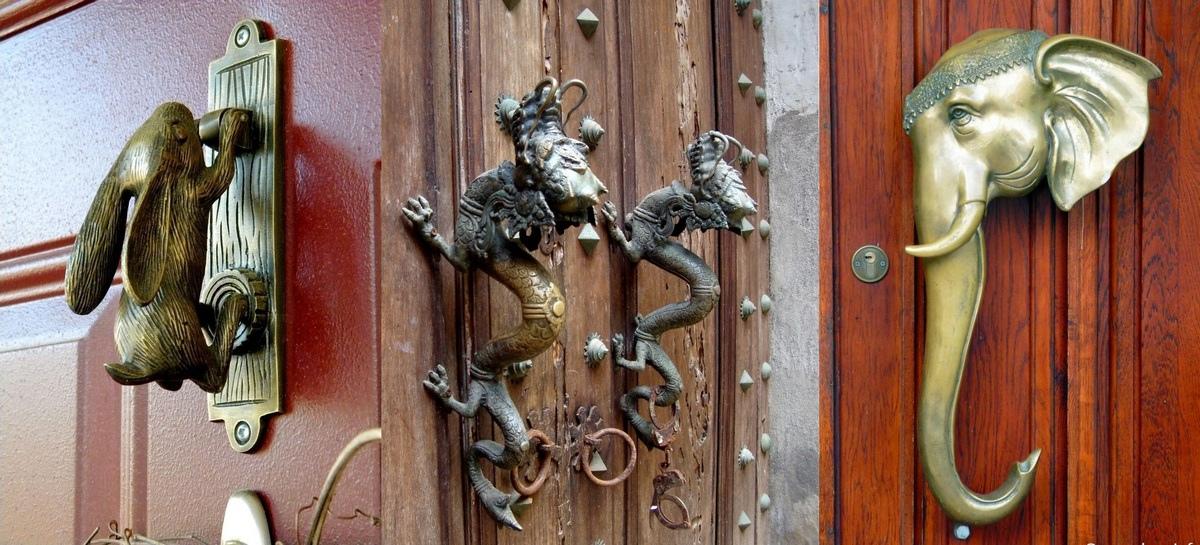 Оригинальные ручки-скобы для входных дверей