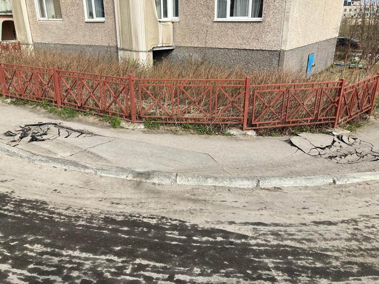 Очередные новости со скандальной стройки детского садика на улице Орликовой. Мал...