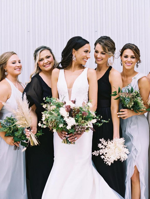 cKU5flGu23w - Как найти веселого ведущего на свою свадьбу