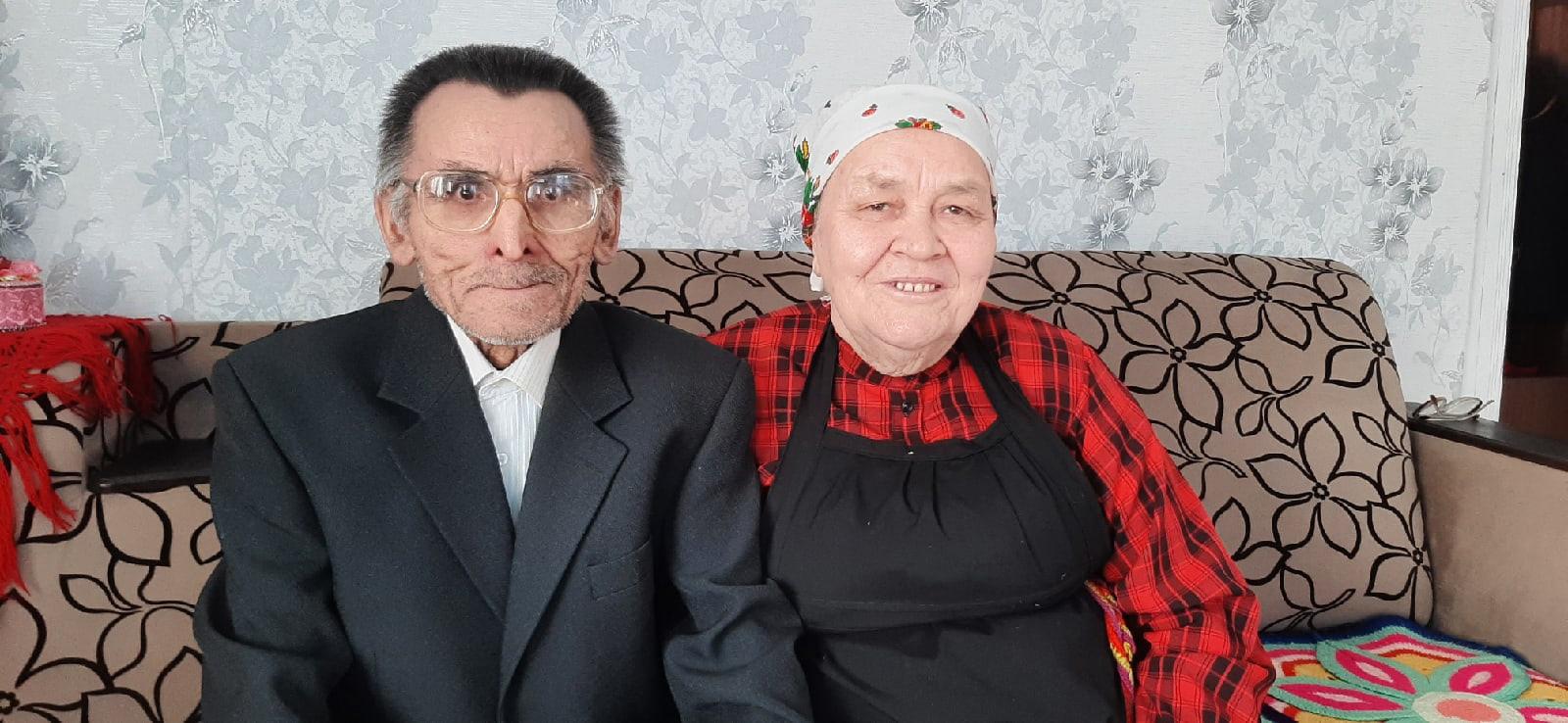 Изумрудную свадьбу отметили супруги Зайцевы из Можгинского