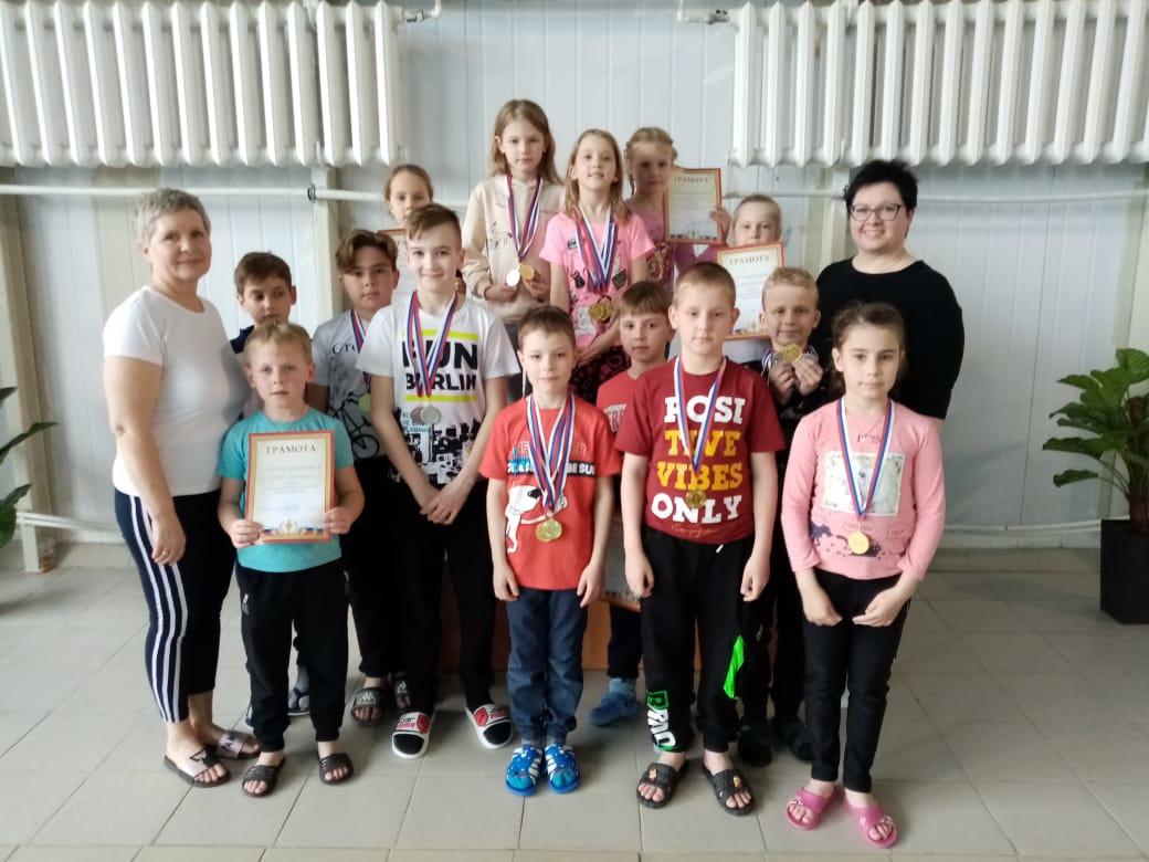 Петровские пловцы стали победителями выездных соревнований