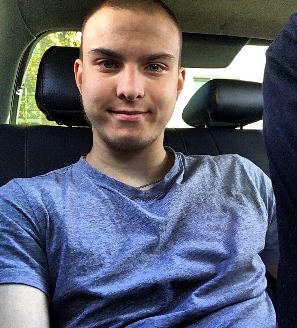 Игорь, 21, Kirovsk