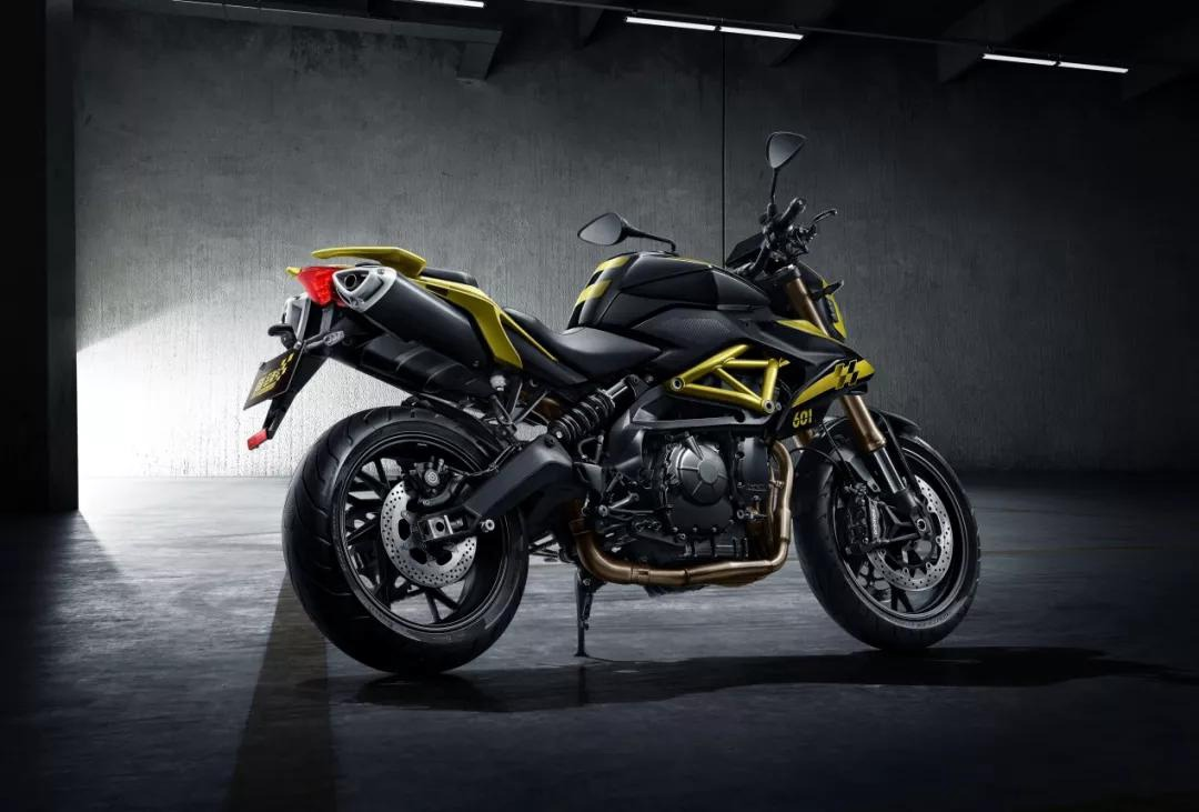 Китайский мотоцикл Lynk & Co