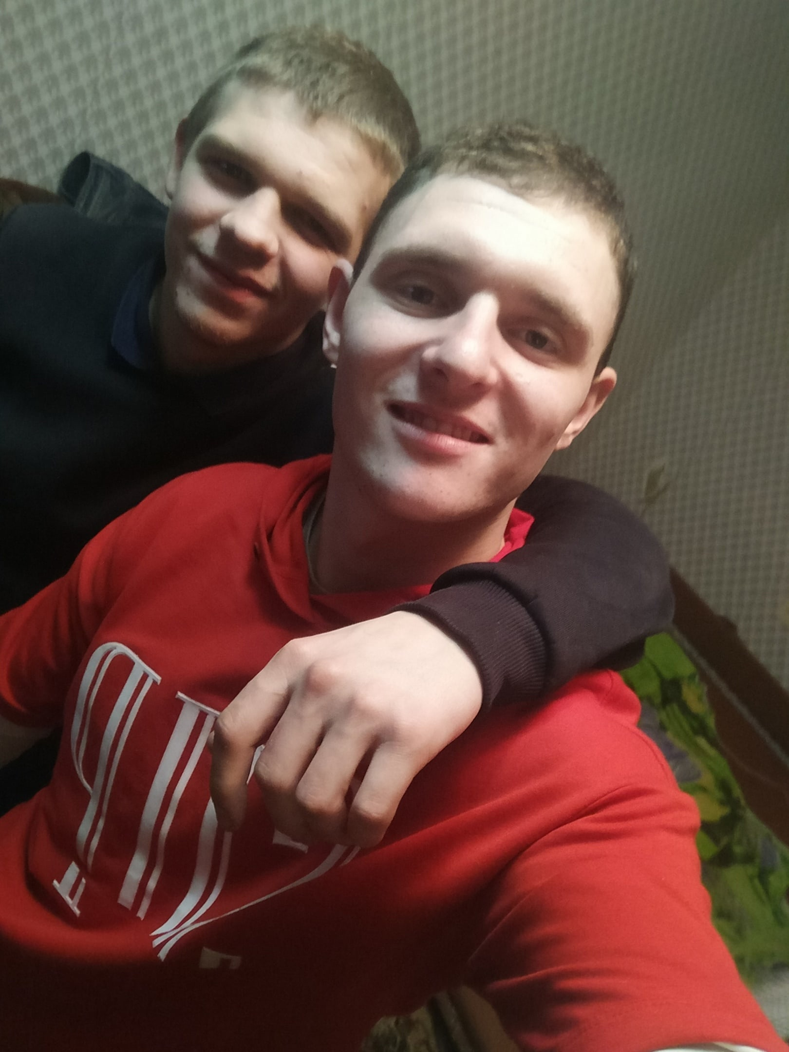 Юра, 24, Safonovo