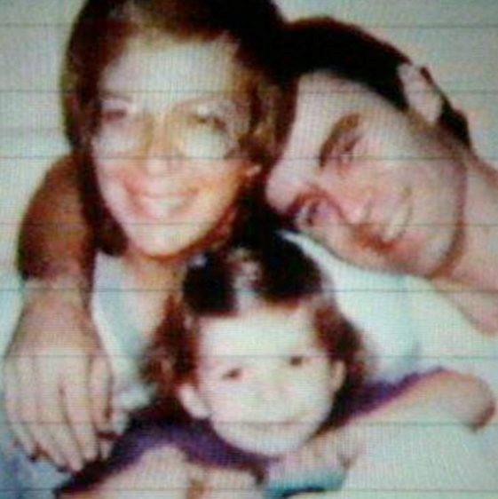 Один из самых страшных американских маньяков за год до ареста познакомился с обычной матерью-одиночкой Тед и Кэрол начали встречаться, при этом женщина даже не подозревала о «второй жизни»