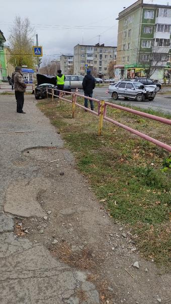 Авария на перекрёстке Шестакова и Калинино...